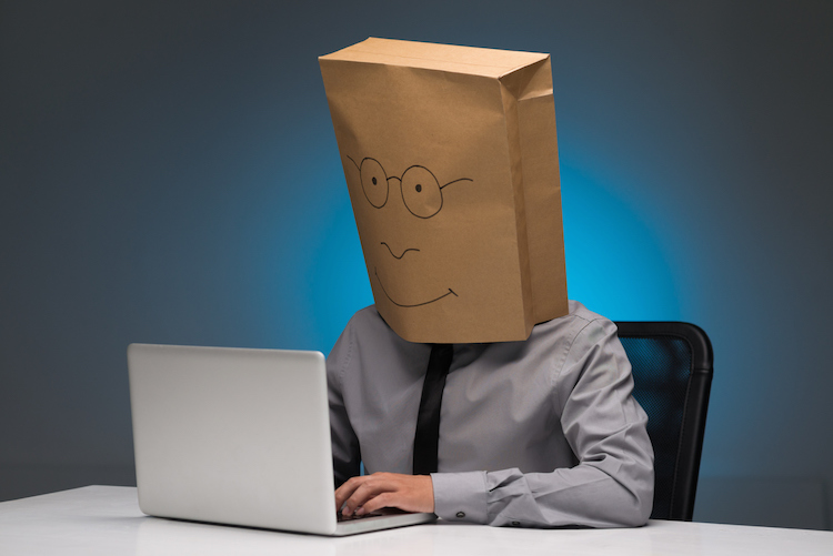 Myth-Remote-workers-are-introverts-who-keep-to-themselves
